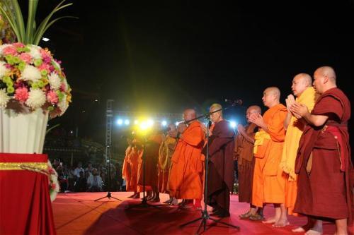 北传佛教与南传佛教有什么区别?